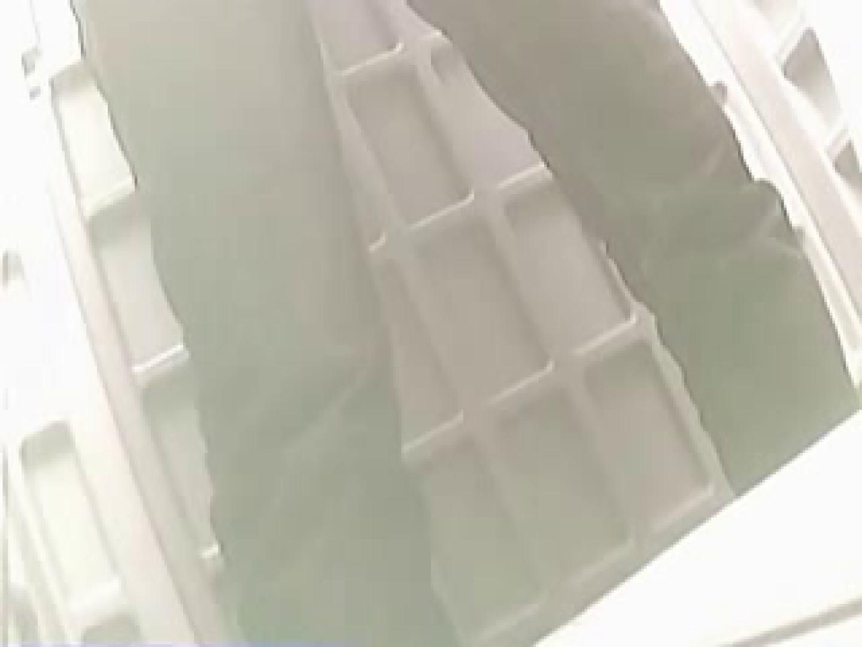 野外の洗面所は危険ですVol.2 おまんこ娘  35連発